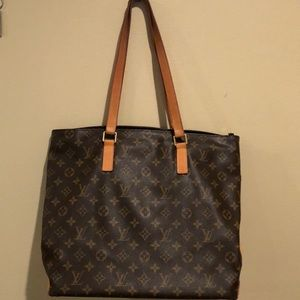 Louis Vuitton tote. MAKE AN OFFER